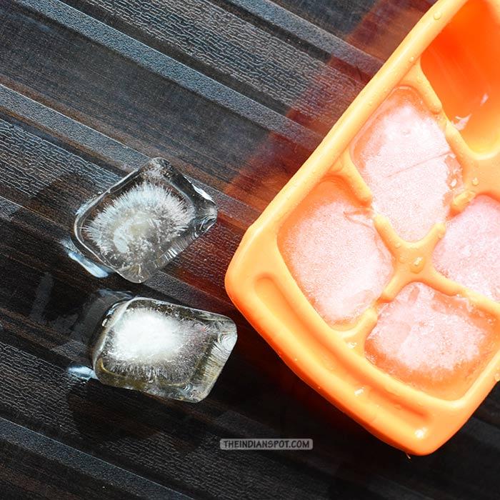 DETOXIFYING LEMON ICE CUBES