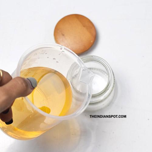 Homemade Dandruff Treatment With Apple Cider Vinegar