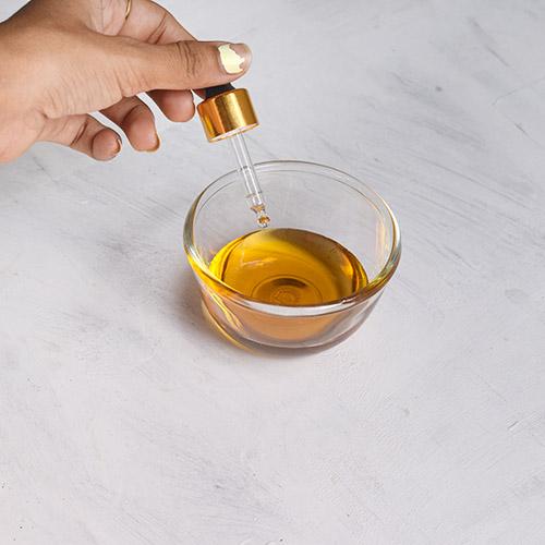 Homemade Honey Cleanser for Clear, soft skin
